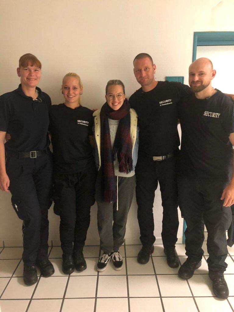Absicherung des Konzerts und Backstagebereichs von Stefanie Heinzmann